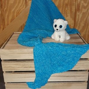Mermaid Tail Cozy Blue White Blanket warm & fuzzy